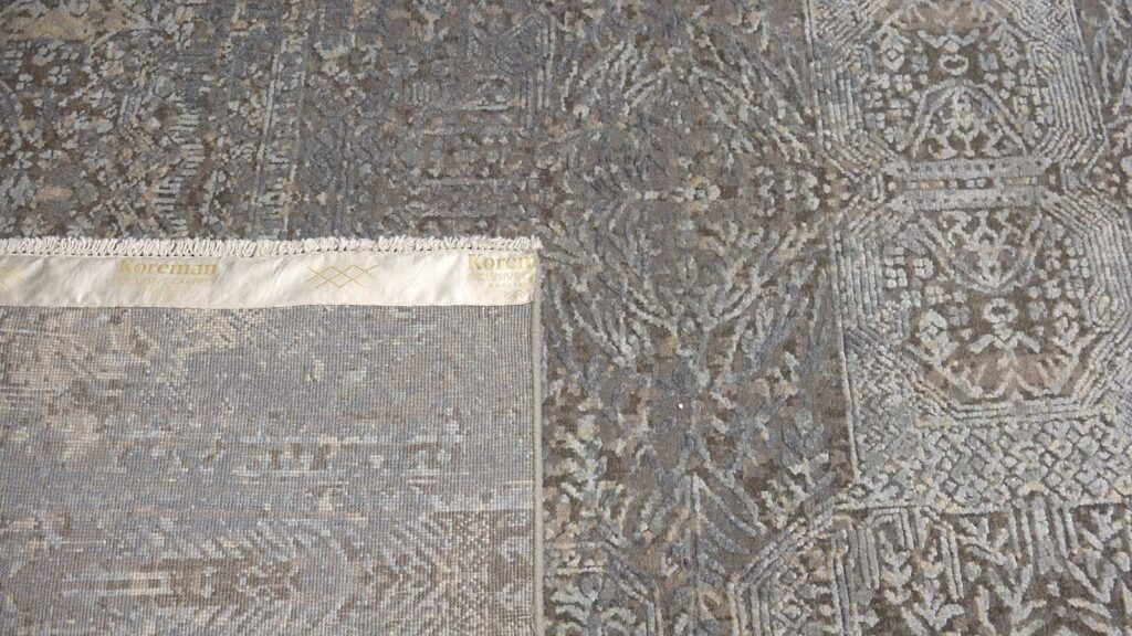 avant-garde-mural-grey-blue-design-luxe-design-moderne-exclusieve-design-tapijten-zijde-koreman-maastricht